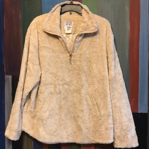 Escada Sport Jackets & Blazers - Escada Sport Faux Fur Cream Color Pullover Jacket